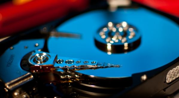 Data recovery from damaged raid arrays