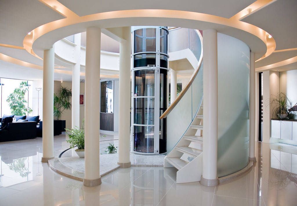 Residential elevator installation and maintenance services for Luxury homes with elevators