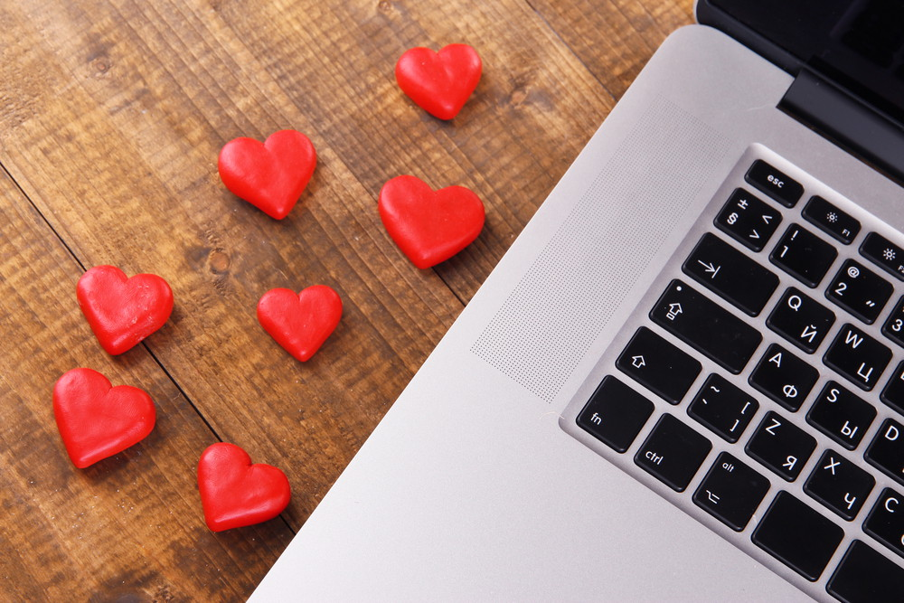love technology and dating Whether you're single, in a new relationship, divorced, or something in between, there's a perfect movie to watch during every stage of your love life.