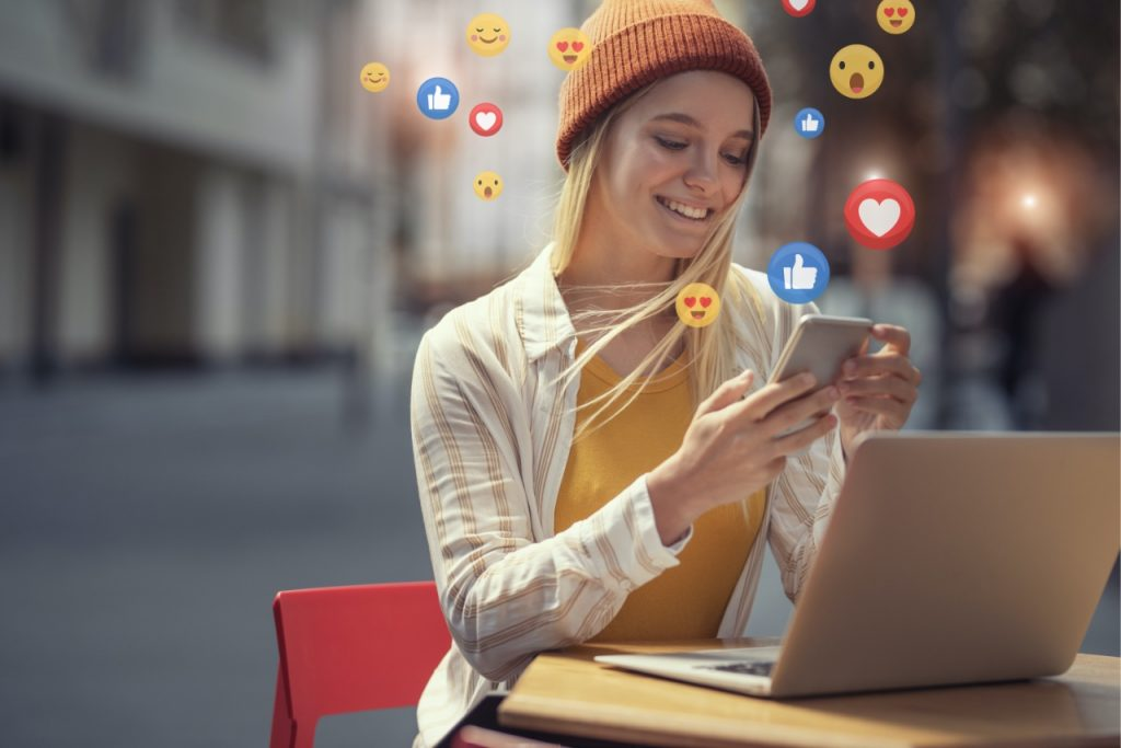 Positive effects of social media in the workplace